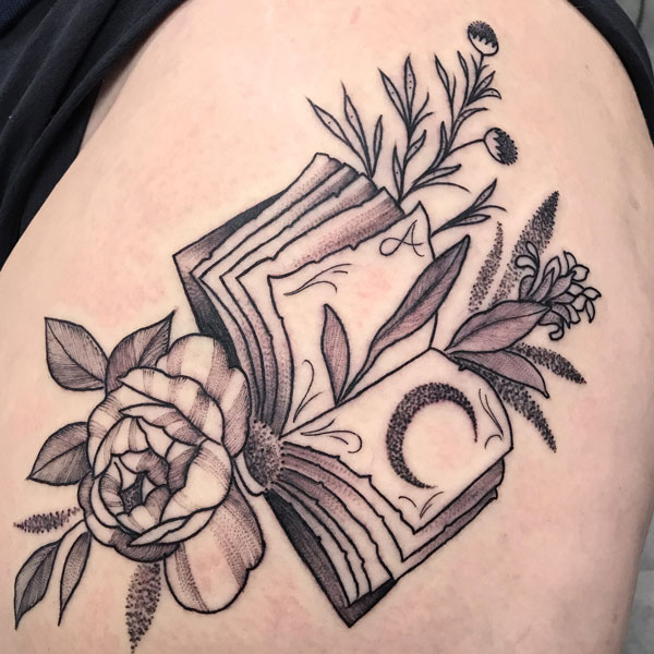flower-books-bw